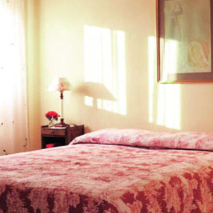 appartamento trebbiano letto