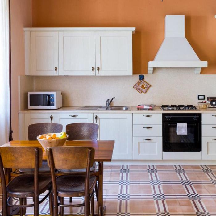 appartamento corvina cucina
